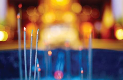 Thắp nén hương xuân (Nguyễn Duy - Thanh Sử, tốp nữ)